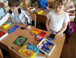 Игра в Цветные счетные палочки Кюизенера