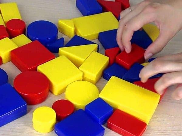элементы Логических блоков Дьенеша